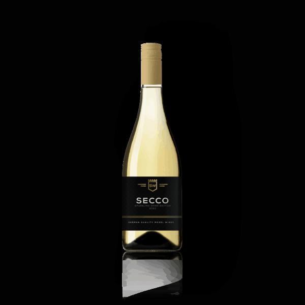 De modern en chique Bruisende secco is heerlijke fruitige door een mix van verschillende witte druiven. Fris, droog en rond. hij maakt er een feestje van!